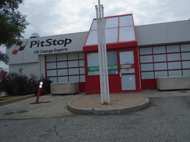 pit stop closed 10 reviews of pit stop - closed i always stop by to get gas here and some snacks the prices are okay and it's pretty clean the guy working at the front, rafael is extremely friendly rafael has a great attitude and always helps me out i used.