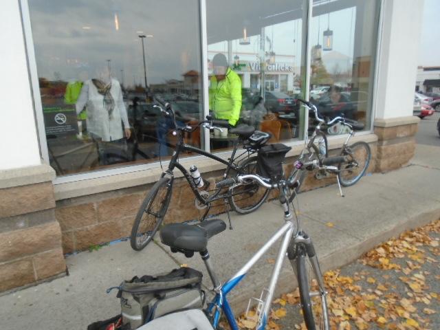 bikeparkingstarbucks